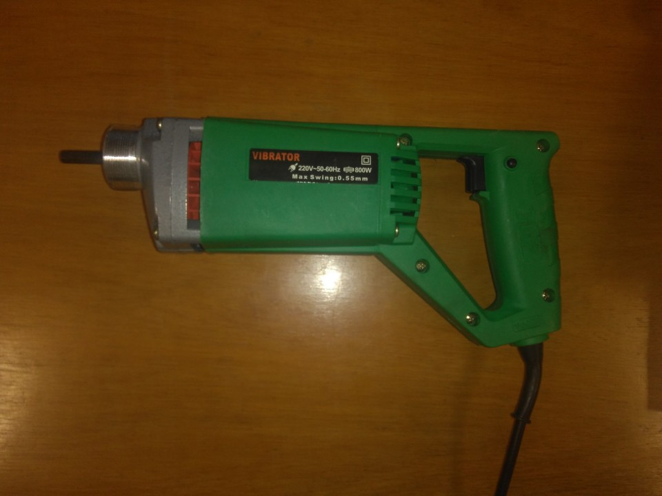 Vibrador eléctrico para hormigón